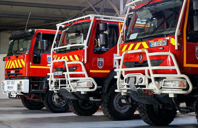 photo fire truck france
