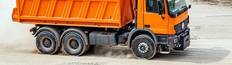 photo rigid truck construction