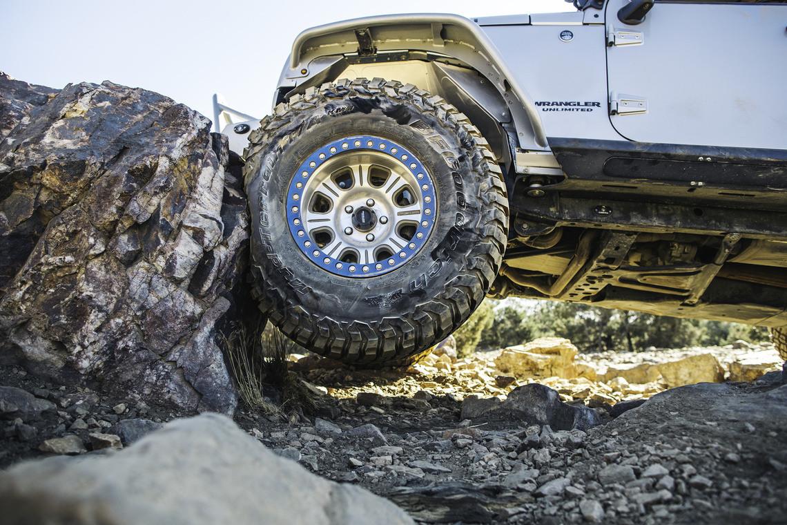 km3 jeep big rock