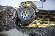 Automóvil Fondo km3 jeep big rock Neumáticos