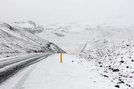 season winter extreme road