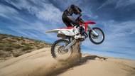 Moto Toimituksellinen sisältö starcross 5 sand 7 Renkaat