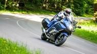 moto edito pilot road 4 gt 9 tires