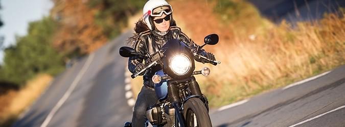 オートバイ エディット commander 2 4 タイヤ