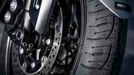 moto editorial pilot road4 4 neumáticos