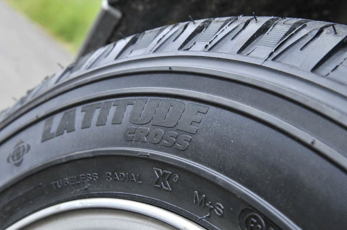 Auto Edito michelin latitude cross argument 3 Tyres