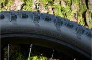 bike tips and advice fitting mountain bike tires with inner tubes background
