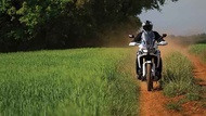 Moto Editor carroussel 3 aa Llantas
