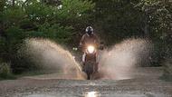 Moto Editor carroussel 4 aa Llantas