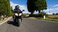 cjfv5g8tu0xs00hqmyur0s4kz moto edito pilot road 4 gt 1 tyres max