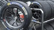 car tyre sizes bnr1