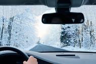 чому важливо підготуватися до водіння в зимових умовах